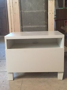 IKEA Besta tv unit with drawer white