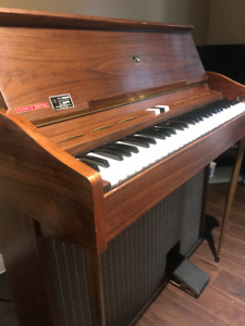 Upright organ for sale $200