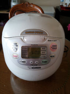 ZOJIRUSHI   10-CUP RICE COOKER - Made in Japan