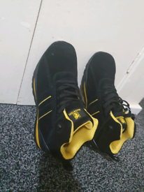 Max Steel Mens Black & Yellow Safety Boots size 8 BRAND NEW