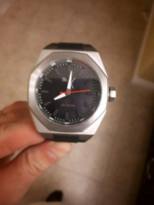 Large puma mens watch New never worn