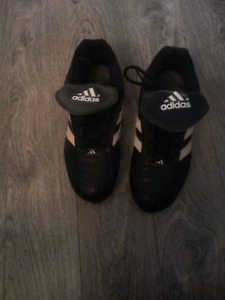 Addais cleats size 7 Good condition $20