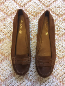 ALDO Brown Penny Loafers - Size 9 - Lightly Worn