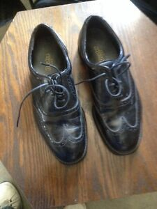 Men's or teen's dress shoes size 8