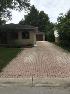 3 bedroom house with garage close to UWO