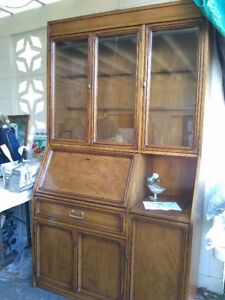 Hutch/cabinet  MUST SELL