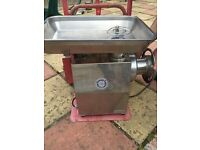 meat grinder/ mincer
