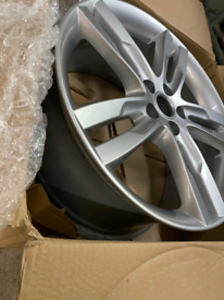 "Jaguar Xe 2019 original 4x 19"" star alloys"