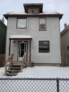 3 Bedroom House for Rent. 381 Agnes Street. April 1st.