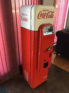 Restored Vendo 44 Coca-Cola Vending Machine FOR SALE BY AUCTION