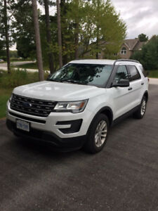 2016 Ford Explorer AWD 35000K $488.60 tax included for 71 months