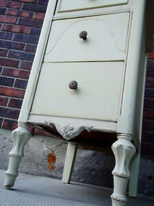 ANTIQUE CABINET SHABBY CHIC, SMALL CHEST, West Island Greater Montréal image 3