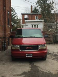 1998 GMC Safari 8 Seater Passenger Van