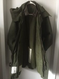 Extreme Cold Weather Combat Winter Parka Coat Size Large London Ontario image 2