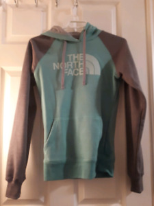 XS the north face
