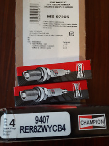 Spark plugs and gasket set for Chrysler and Dodge ..3.6 engine