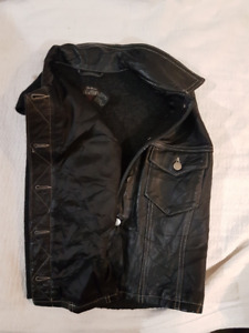 Womens Gap Vest Genuine leather