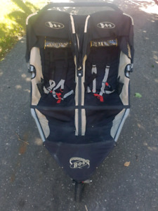 Bob dualie double stroller with boogie board