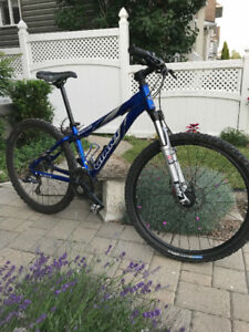 Giant Rainier Mountain Bike