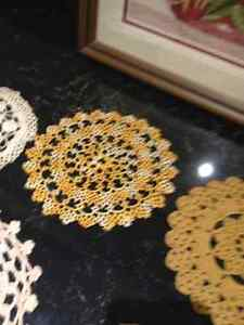 Tablecloths, handmade doilies, & needlepoint picture Peterborough Peterborough Area image 10