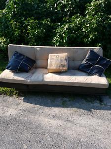 Futon w pillows free
