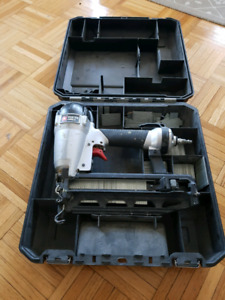 Nail Gun Porter Cable FN250C Finish Nailer with Case and Nails