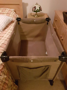Baby crib for sale. $ 40