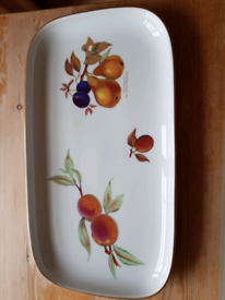 Royal Worcester Evesham Gold Oblong Sandwich Platter. New. 40x22cm.