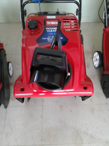 LICENCED SMALL ENGINE SERVICE (*only 3-5 days wait*) SNOWBLOWER+