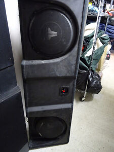 SUBWOOFER UNDERSEAT JL STEALTHBOX  AND AMP O7-13 CHEV CREWCAB