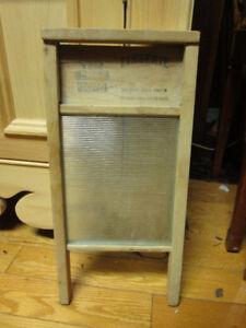 Plusieur planches  a laver antiques
