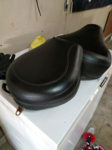 Mustang seat for Harley