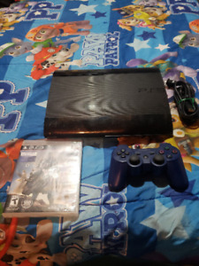 500 GIG PLAYSTATION 3 SUPER SLIM INCLUDES CONTROLLER AND A GAME