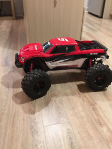 Traxxas X-maxx 8s (Snap-On Edition) W/Batteries&Charger