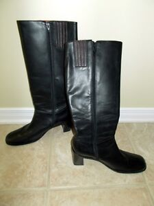 Rockport boots. size 9.5