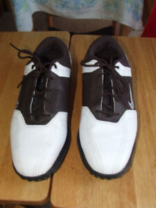 Nike Heritage Golf Shoe - LIKE NEW - $25.00