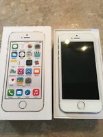 *unlocked* iPhone 5S 16gig White/Silver