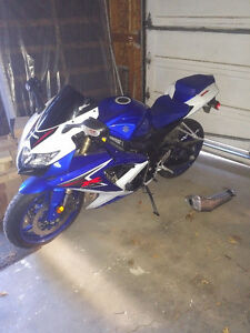 2008 Suzuki GSXR 600 with gear and extras.