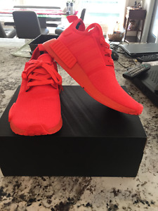 NMD R1 Solar Red Size 8.5 DS
