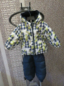 Columbia reversible snow suit - 12-18 months, unisex