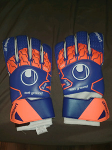 Soccer keeper gloves