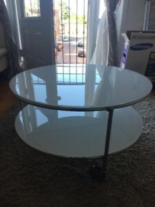 Moving Sale! Sleek living room set! Must go now!