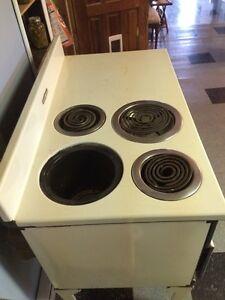 Antique electric stove Kawartha Lakes Peterborough Area image 2