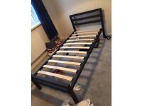 Metal bed single