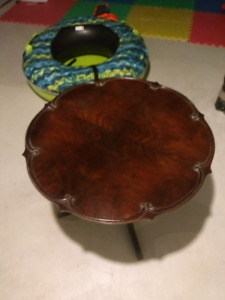 Coffee table/End table- Price reduction!