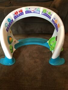 Price reduced!!! Fisher Price Bright Beats smart Touch Playspace