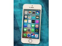 iPhone 5s on 02 like new used only few weeks 16gb