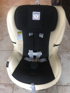 Peg Perego Convertible carseat! Great Condition, No Accidents!