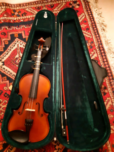 Violin 3/4 with bow and case