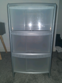 Storage Bins Drawers (3x AVAILABLE)